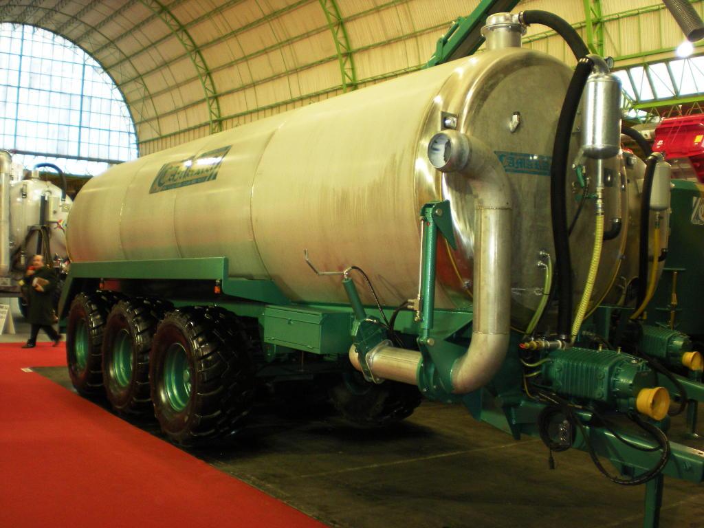 Cisterna12-MaquinariaCamara